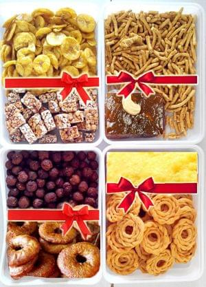 Mega Family Packo - Special Family Sweet Box 1