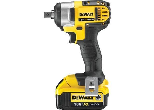 DEWALT | Cordless XR Li-Ion Compact Impact Wrench 1/2-Inch 18V | DCF880M2-GB