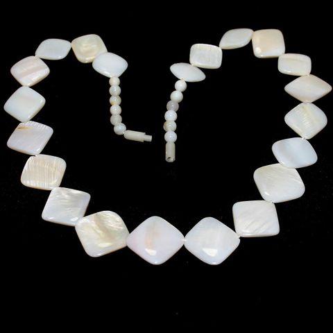 Shell Beads Mix White
