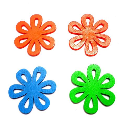 20 Wooden Flower Pendants and Charms Assorted 35mm