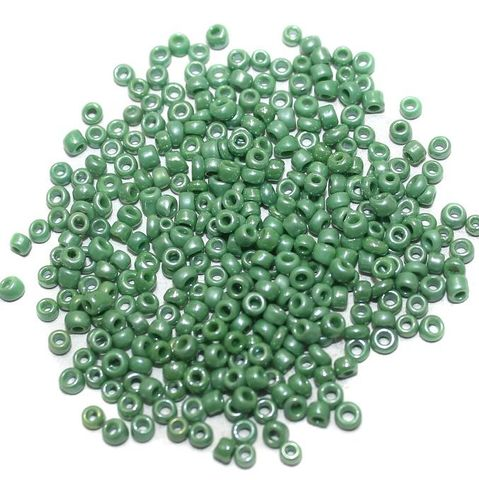 Seed Beads Opaque Green Luster (100 Gm), Size 11/0