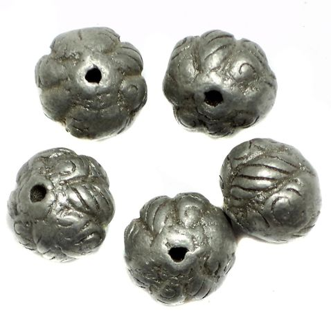 10 Metal Round Beads Silver 15x18