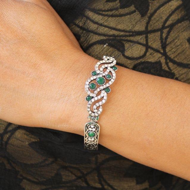 German Silver Tready Stone Bracelet Green