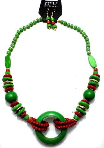 Beaded Necklace For Girls Green Red and Green