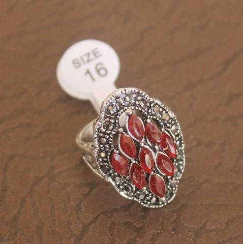 Victorian Finger Ring Red, Size 16