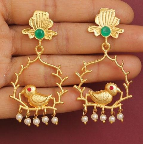 Matte Finish Stone Ethnic Earrings Red And Green
