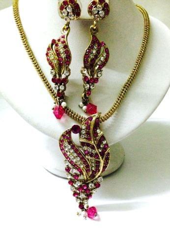 PEndant Set Pink Chain Earrings