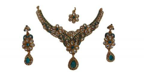 Sea Green Set Earring Mangtikka Kundan Copper