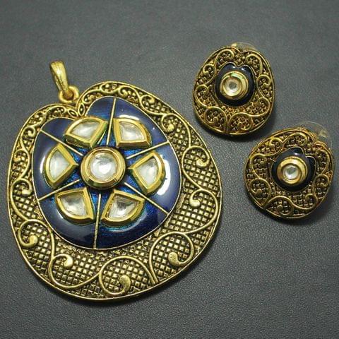Kundan Pendant and Earring Set, Size-5.5x5cm