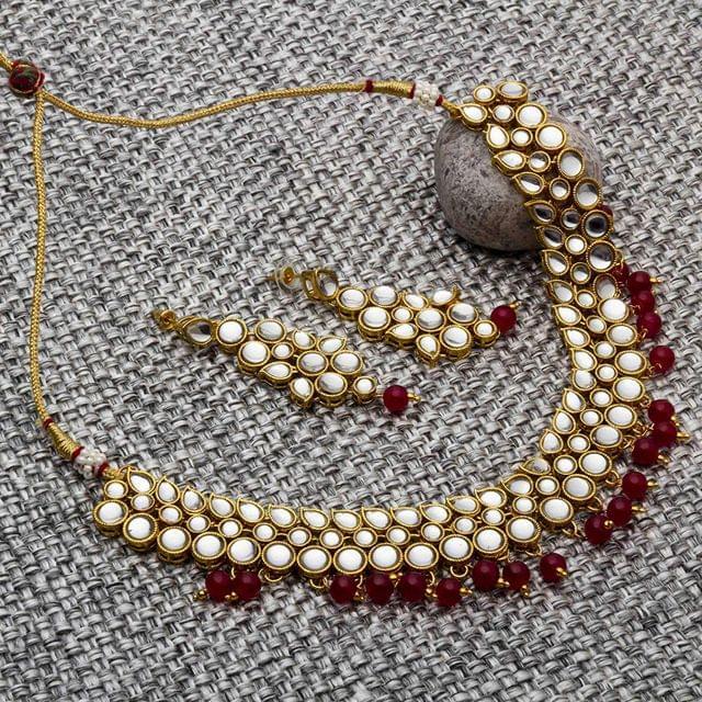 Neha Kundan Necklace Set