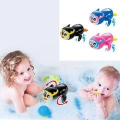 3 PCS Little Penguin Clockwork Playing Toy Baby Bath Toy (Color Random Delivery)